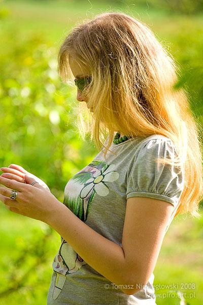 portret dziewczyny wiosną