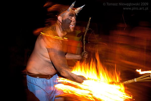 Diabeł przy ognisku