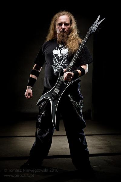 Ran Guitars Demon - sesja fotograficzna