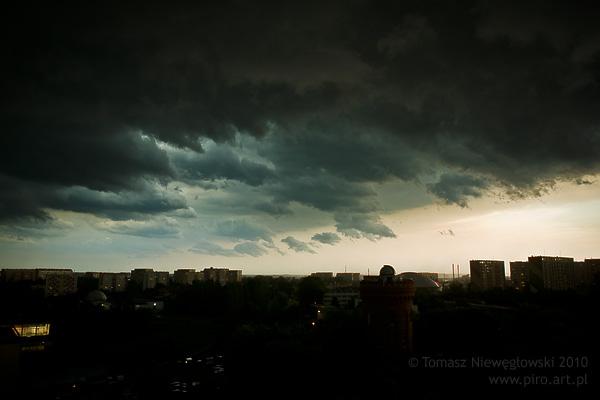 Czarne chmury nad Olsztynem
