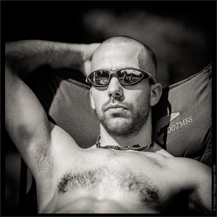 Portret czarno-biały analog 6x6
